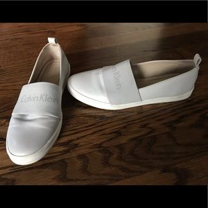 Calvin Klein slip on shoes- ON TREND. ❗️❗️